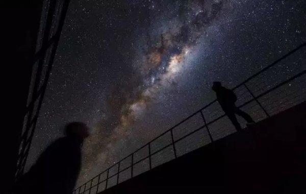 最远超新星被证实 距离地球105亿光年